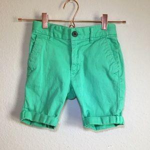 Gap boys green shorts size 6